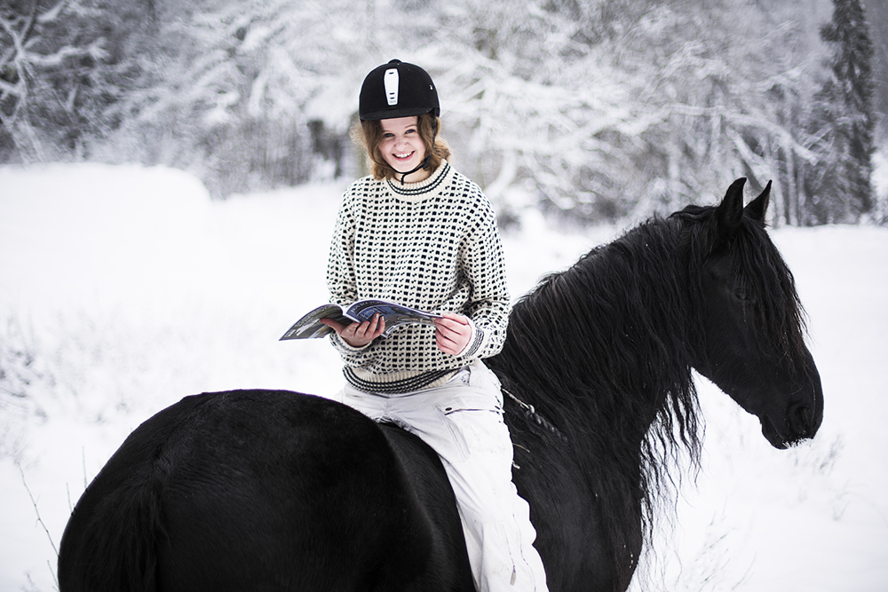 matilde_brandt_miina_anahita_baroque_horse_magazine11