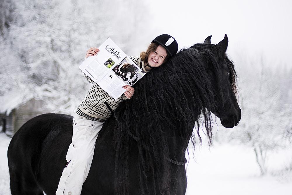 matilde_brandt_miina_anahita_baroque_horse_magazine3