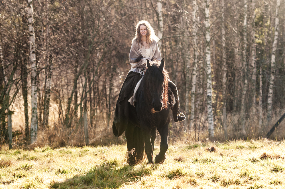 outlander_photoshoot_friesian32