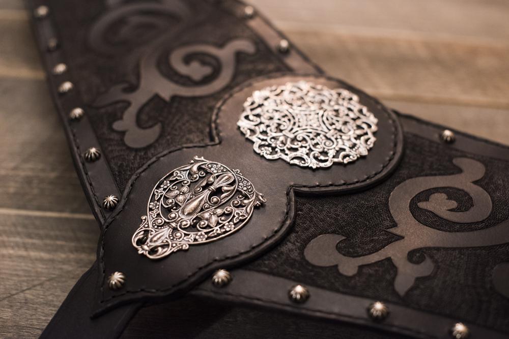 viking_medieval_breastcollar